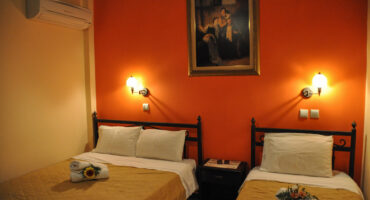 Xenia Palace Rent Rooms in Nea Vrasna